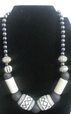 Women's: Salt And Pepper Necklace Quantity: 1 Price: $20.00  Now: $18.00  USD Click here to place your order. http://www.uniquic.com/2014/04/womens-salt-and-pepper-quantity-1-price.html