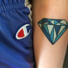#diamond #colour #tatoo #champion #streetwear #nba #girl #blue