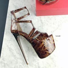 Platform Stilettos, Stiletto Heels, Platform Shoes, Shoes Heels, Pumps, Super High Heels, Hot High Heels, Metallic High Heels, Ankle Strap High Heels