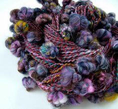 Poncho Knitting Patterns, Crochet Toys Patterns, Knitting Designs, Wool Fabric, Fabric Art, Spinning Wool, Yarn Inspiration, Ribbon Yarn, Native Beadwork