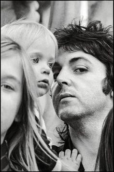 Paul MC Cartney/ photographer : Linda Mc Cartney