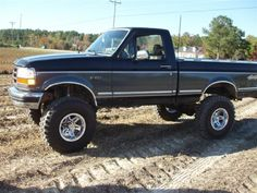 just join tell me what u think about my truck 8inchs of lift 36 super swampers 1993 m-picture-065-medium-.jpg