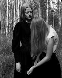 By Julia Hetta.