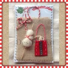 Картинки по запросу martenici Baba Marta, 8 Martie, Projects To Try, Christmas Ornaments, Holiday Decor, Natural, Handmade, Gera, Tejidos