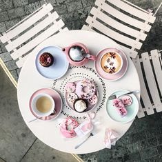 Pretty in Pink cafe flatlay