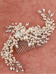Wired pearl and crystal bridal hair comb Pearl Headpiece, Crystal Headband, Crystal Rhinestone, Pearl Hair, Crystal Brooch, Wedding Headdress, Hair Comb Wedding, Wedding Hairstyle, Wedding Veil