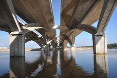 Hassan II Bridge (Rabat, Morocco), built with Lafarge concrete and crowned with the 2013 Agan Khan Architecture Grand Prix.