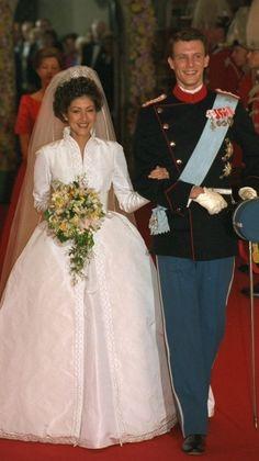 En 1995, le prince Joachim a épousé Alexandra Manley de Hong Kong. Le mariage a pris fin après 10 ans.