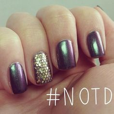 How are you wearing your #JulyMaven colors? #NOTD #Blakely #Vivien