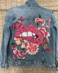 The Bite Your Lip Denim Jacket - Jean Jacket - The Bite Your Lip Denim Jacket - Pink Lip Sequin-Embroidered Pink Flowers-Distressed Denim Jacket Painted Denim Jacket, Distressed Denim, Customised Denim Jacket, Custom Denim Jackets, Jean Jacket Outfits, Jacket Jeans, Denim Jacket Patches, Pink Denim Jacket, Outfit Jeans