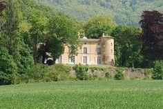 Château drome Drôme vacances provence http://www.bien-etre-drome.com/