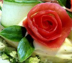 Tomato rose
