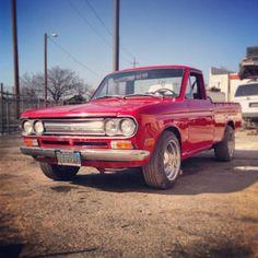 Cherry Pickup: 1971 Datsun 521 truck bidding at $1100