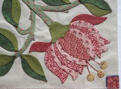 Introducing: Hearts Desire: Block 4 This month I've purposefully included some sharp points to my design, since life is not always a sun da. Applique Quilt Patterns, Hand Applique, Flower Applique, Embroidery Applique, Embroidery Designs, Applique Designs, Quilting Designs, Applique Ideas, Flower Quilts