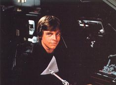 It's pictures like this when I remember just how much I like Luke Skywalker :D :D :D