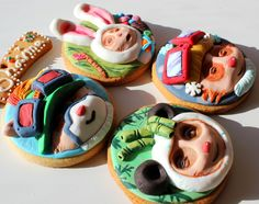 Teemo cookies, decorated with fondant for the Christmas contest from the League of Legends. I was one of the 10 winners from Europe.