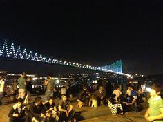 Ortaköy Sahili, elinizi uzatsanız İstanbul'a dokunacakmışsınız gibi... #maximumkart #eğlencemekanları #yemekmekanları #lezzetliyemekler #trendmekanlar  #OrtaköySahili #kumpir