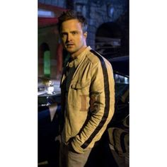 Need For Speed Aaron Paul (Tobey Marshall) White Jacket Winter Leather Jackets, Leather Jackets For Sale, Black Leather Vest, White Leather, Bike Leathers, Aaron Paul, Game Costumes, Jackets Uk, Need For Speed