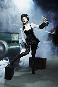 America's Next Top Model Cycle 19 Steampunk Shoot