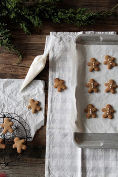 a merry christmas: Photo Christmas Mood, Merry Little Christmas, Noel Christmas, Christmas Treats, Christmas Baking, Christmas Cookies, Christmas Decorations, Christmas Flatlay, Christmas Tumblr