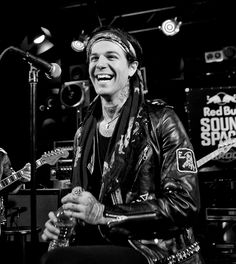 The neighbourhood; Jesse Rutherford