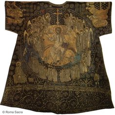 """The so-called """"Dalmatic of Charlemagne"""". Gift of the Patriarch of Constantinople, Isidore of Kiev to Pope Eugene IV The only medieval liturgical vestment kept in. Medieval Clothing, Medieval Art, Men's Clothing, Historical Costume, Historical Clothing, Historical Photos, Textiles, Holy Art, Art Du Monde"""
