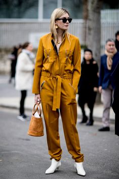 Paris Fashion Week Fall 2017 Street Style Day 4, Paris Fashion Week, PFW, Runway, TheImpression.com - Fashion news, runway, street style, models