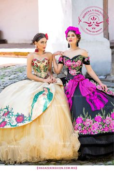 Find The Right Quinceanera Dress For You - Be Unique, Bright And Beautiful Quinceanera dress- These stylist tips from social occasions party planners will help you get the most perfect Quinceanera dress really quickly! Dama Dresses, 15 Dresses, Blue Dresses, Formal Dresses, Mexican Theme Dresses, Quince Dresses Mexican, Mexican Quinceanera Dresses, Mariachi Quinceanera Dress, Quinceanera Planning