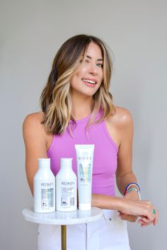 Do you suffer from dry, damaged hair? Redken's Acidic Bonding Concentrate is a 3-step sulfate-free repair system that works for all hair types. Shampoo For Damaged Hair, Damaged Hair Repair, Beauty Guide, Hair Inspo, Hair Type, Envy, Bond, Free, Style