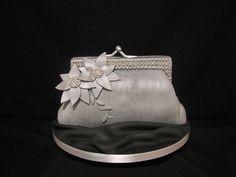 vintage handbag cake