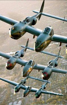 P 38 Lightnings