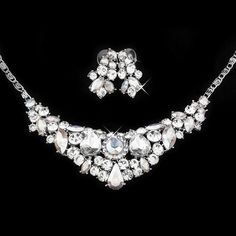 Crystal Bridal Jewellery Set, India is a fabulous, sparkling jewellery set for your wedding. The necklace features an array of dazzling crystal diamante in Bridal Jewelry Sets, Bridal Accessories, Bridal Jewellery, Wedding Vendors, Crystal Jewelry, Sparkle, Fancy, Crystals, Diamond