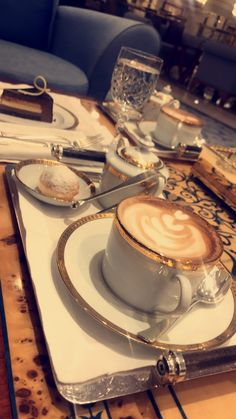 Coffee Photos, Coffee Pictures, Food Pictures, Chocolates, Coffee Flower, Snap Food, Tumblr Food, Food Snapchat, Coffee Photography