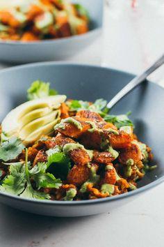 Lentil Curry Bowls with Cilantro Cashew Sauce #lentil #rice #bowl