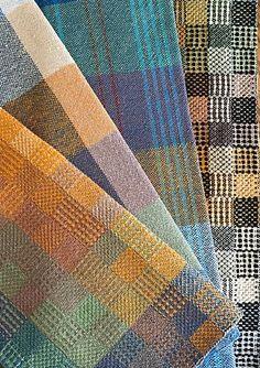 Taraflea's Summer and Winter Tea Towels – Nicole Bergen – weberei Weaving Designs, Weaving Projects, Weaving Patterns, Huck Towels, Dish Towels, Tea Towels, Loom Weaving, Hand Weaving, Ravelry