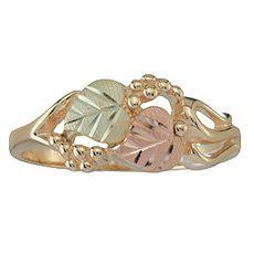 Women's Grape Vines Black Hills Gold Ring from Coleman - Size 8 Coleman's Black Hills Gold Jewelry Green And Gold, White Gold, Black Hills Gold Jewelry, Best Friend Jewelry, Angel Wing Earrings, Thing 1, Grape Vines, Jewelery, Nice Jewelry