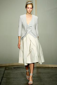 Donna Karan Spring 2013 RTW - Review - Collections - Vogue#/collection/runway/spring-2013-rtw/donna-karan/1/