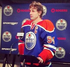 Ryan Smyth; post-game press conference. Captain Canada.