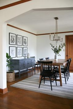 Suzannah's Modern Traditional Dining Room Reveal BEFORE: Tudor Dining Room. See the after of this dining room reveal today! Suzannah's Modern Traditional Dining Room Reveal Sideboard Dekor, Dining Room Sideboard, Dining Room Furniture, Dining Room Art, Dining Decor, Dining Area, Dining Room With Buffet, Mirrors In Dining Room, Dining Living Room Combo