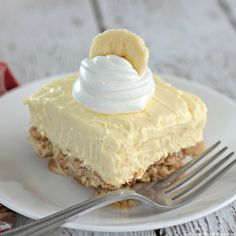 Banana Cream Cheesecake, Cheesecake Bars, Cheesecake Recipes, Sweet Desserts, No Bake Desserts, Easy Desserts, Sweet Recipes, Dessert Drinks, Dessert Bars