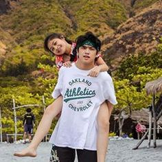 Ranz kyle viniel evidente ongsee with his sister Chelseah Hilary Evidente Ongsee 💕 Ranz Kyle, Marcel Ruiz, Siblings Goals, Youtube Stars, Oakland Athletics, My Friend, Friends, Youtubers, Athlete