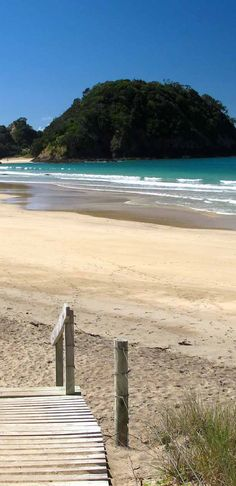 Mermaid Pool of Matapouri Beach, Tutukaka Coast, New Zealand