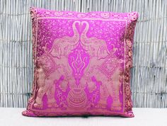 Elephant cushion cover - Pink.