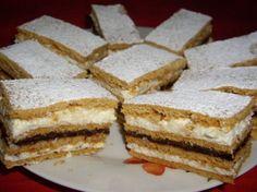 Prăjitura Albinița - O prăjitură genială, cu gust original G 1, Honey Recipes, Dessert Recipes, Desserts, Kiwi, Vanilla Cake, Tiramisu, French Toast, The Originals