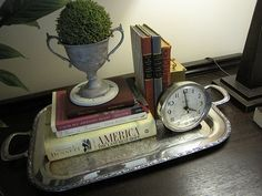 I have the silver tray from our wedding, now I need to do something like this. Very cute!