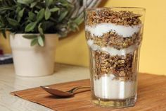 Coconut Granola #candidarecipes #breakfast