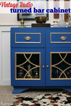 That blue paint! This vintage radio turned bar cabinet is a great way to upcycle dated pieces and that bold hue - gorgeous! Vintage Radio turned bar cabinet via RainonaTinRoof.com