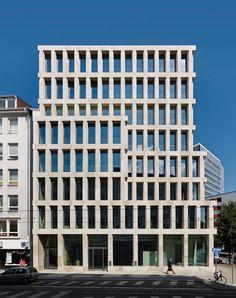Stadthaus Bahnhofstraße Office Building by Max Dudler