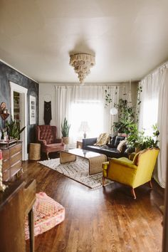 Jiboia: how to care and use in the decoration with ideas and photos - Home Fashion Trend My Living Room, Home And Living, Living Room Decor, Living Spaces, Living Room Inspiration, Home Decor Inspiration, Up House, Love Home, Apartment Living