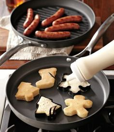 Use cookie cutters for Christmas morning pancake breakfast! Pin so  I can remember all the goodies....